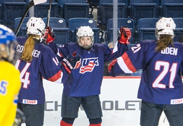 U.S. wins 4-0, going for gold